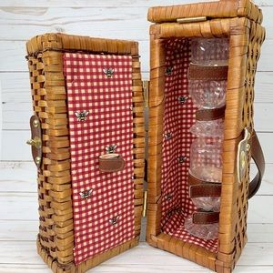 Wine Cocktail Picnic Basket W/ Cups